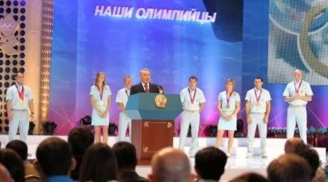 Ел президенті Олимпиада медалистерін мемлекеттік сыйлықпен марапаттады