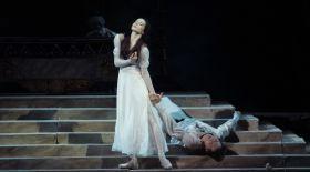 Мүсірепов театрында премьера. «Бір сен үшін тудым» («Ромео мен Джульетта»)