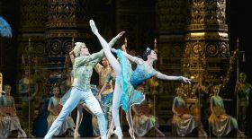 Ашық аспан астындағы балет