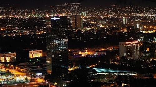 Туған күніңмен, Лос-Анджелес!