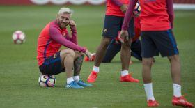Месси Еуропаның үздік футболшысына үміткерлер тізімінен шығып қалды