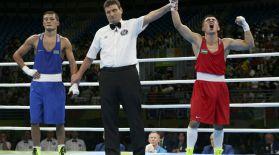 Біржан Жақыпов өзбек боксшысынан жеңіліп қалды
