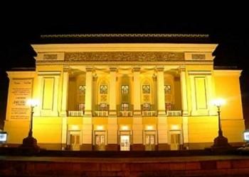 Абай театры жаңа маусымын