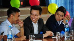 Жандосов мектебіндегі жылы жүздесу (фото)