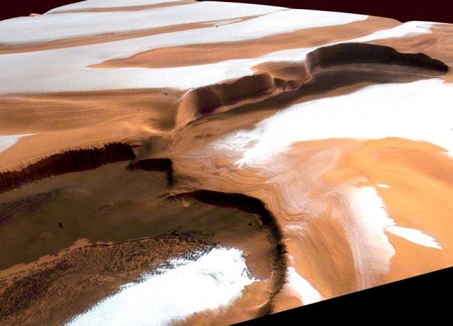 Марстағы қар құрғақ мұздан тұрады