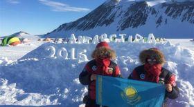 Қазақстандық альпинистер Антарктиданың биік шыңына мемлекеттік туды тікті