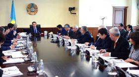 Сағынтаев мемлекеттік тіл саясатын жетілдіру жөніндегі комиссия отырысын өткізді