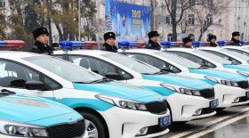 Алматы полициясына газбен жүретін 118 отандық көліктің кілті тапсырылды