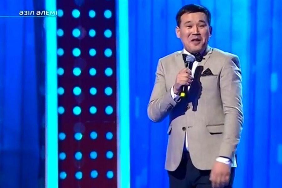 Қанат Әлжаппаров автоматын қандай әзілге ауыстырды? (видео)