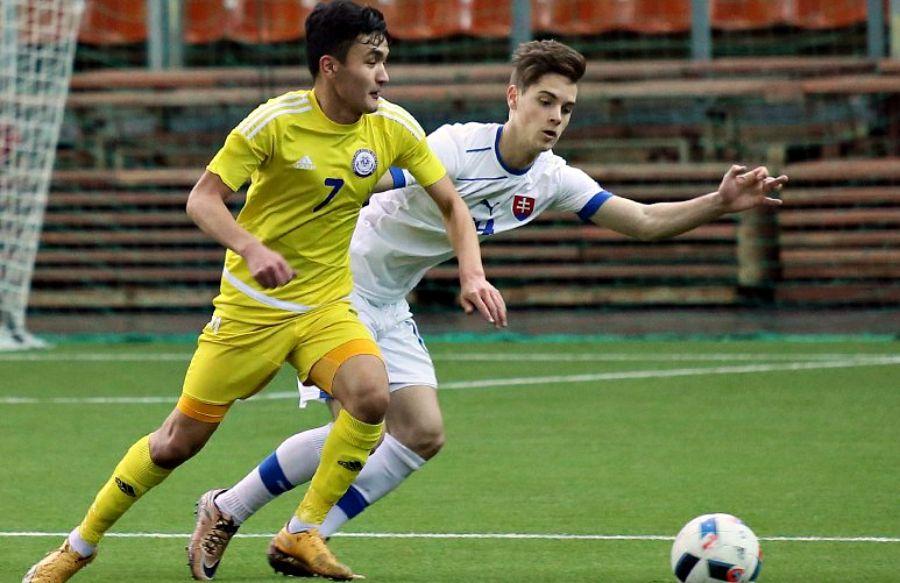 Қазақстан жастары «Гранаткин турнирінде» Словакиямен тең түсті