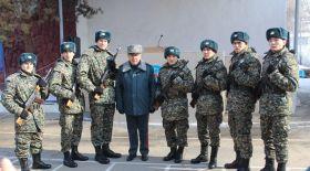 Олимпиада чемпиондары Баландин мен Рахимов әскери ант қабылдады