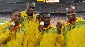Усэйн Болт 2008 жылғы Олимпиаданың алтын медалін кері қайтарады