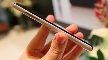Америкалықтар смартфон үшін тамақ пен киімнен бас тартуда