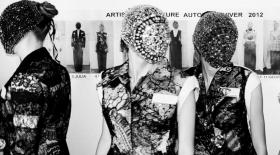 Сән әлемінің ең жұмбақ дизайнері Маржеланың винтажды заттары сатылмақ