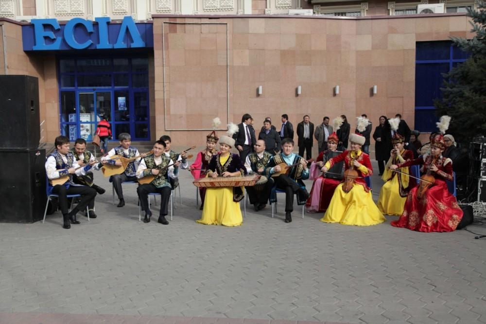 Астанада Халық суретшісі Әубәкір Ысмайыловқа көше аты берілді