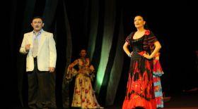 Әуезов театрының