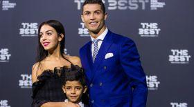 Роналду егіз балаларын көру үшін ұлттық құраманың соңғы ойынына қатыспайды