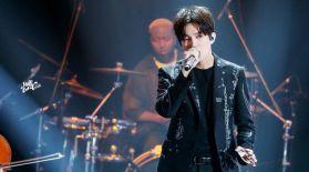 Димаш қытайлық рэпермен бірге өнер көрсетті