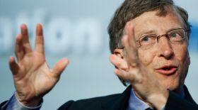 Билл Гейтс: Әлемді кедейліктен құтқарудың жолын білемін