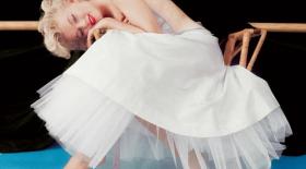 Мэрилин Монроның досы оның құпия суреттерімен бөлісті