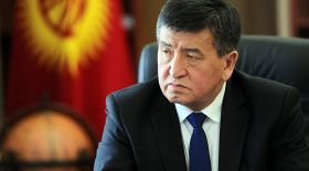 Сооронбай Жээнбеков Қырғызстандағы сайлауда жеңіске жетті