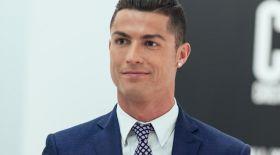 Криштиану Роналду ФИФА нұсқасы бойынша жыл ойыншысы деп танылды