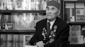 Қазақтың көрнекті ақыны Мұзафар Әлімбаев дүниеден озды