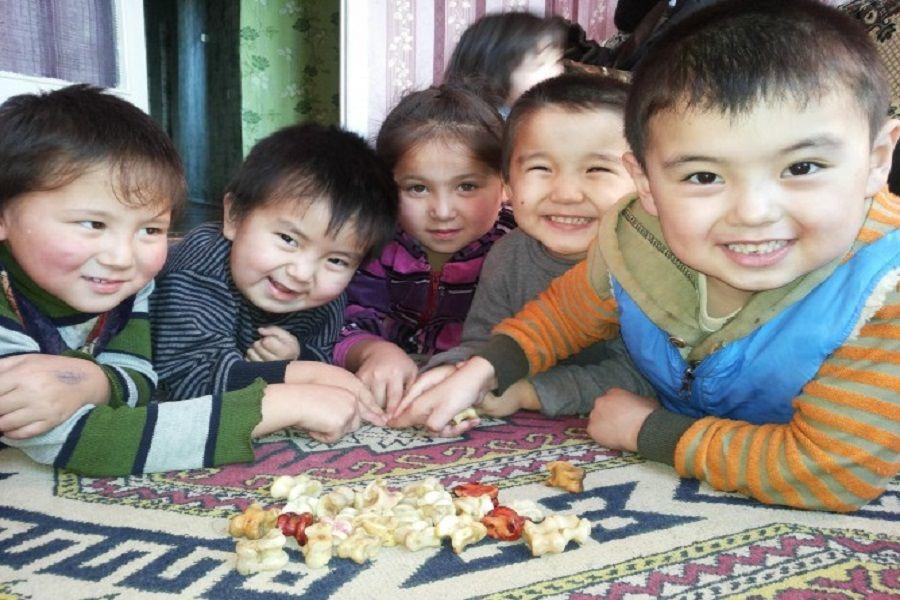 Момышұлының хатынан: Баланы жауынгерлікке тәрбиелейтін қазақтың дәстүрлері