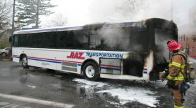 Автобус өртенген жағдайда не істеу керек?