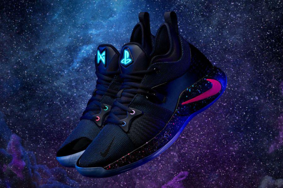 Nike PlayStation ойыншыларына аяқ киім шығарды