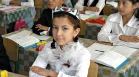Өзбекстан оқушылары колледжге 11-сыныптан кейін ғана тапсырады