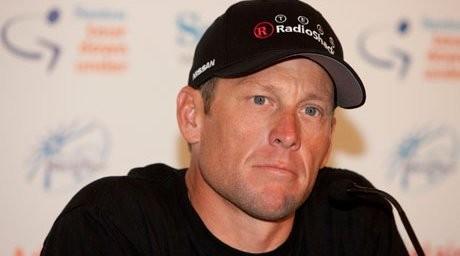 Велошабандоз Лэнс Армстронг барлық атақ-даңқынан айырылды