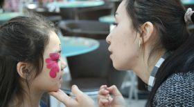 Астанада аутизм туралы ақпарат таратуға арналған науқан өтті
