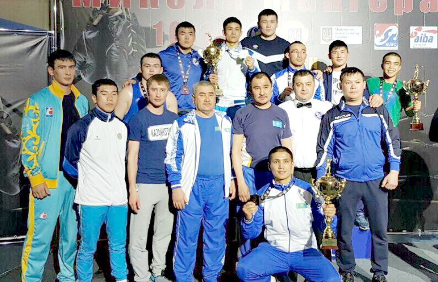 Қазақ боксшылары Украинадағы халықаралық турнирде 7 медаль жеңіп алды