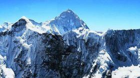Эверестке шығу. Мақсұт Жұмаев Айленд-пикке көтерілді