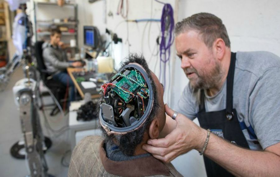 Адамнан айнымайтын робот жасап шығарылды