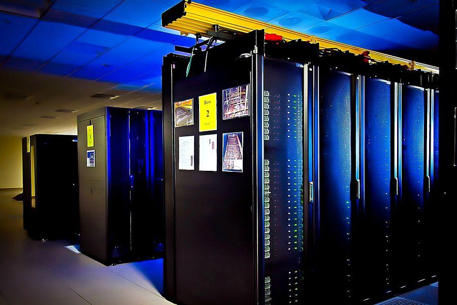 АҚШ-та әлемдегі ең мықты компьютер таныстырылды