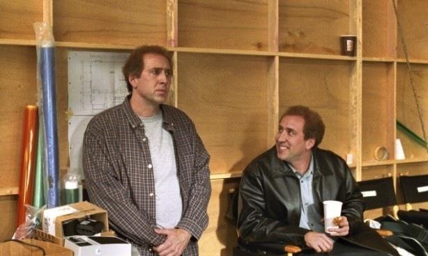 Бір оқпен екі қоян атқан актерлер