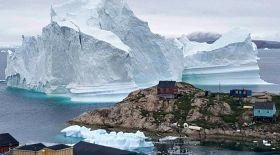 Гренландиядағы шағын ауылға алып айсберг қауіп төндіріп тұр