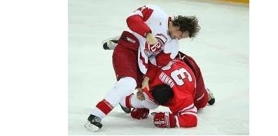 Хоккей тарихындағы ең ірі төбелес (Бейнебаян)