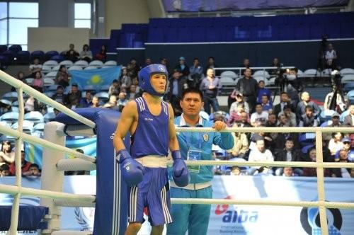 Боксшылар енді бас киімсіз жұдырықтасады