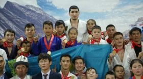 Жас қазақ джиу-джитсу шеберлері қырғыз жерінде өткен турнирде атой салды