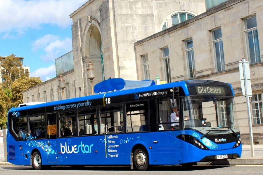 Британияда ауа тазалайтын автобус пайда болды