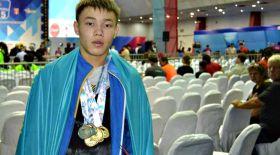 Қазақстандық ауыр атлет Катардағы жарыста күміс алды