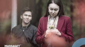 Жаңа жылдық сыйлық: сүйіктіме