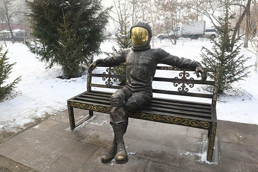 Алматыда алғашқы ғарышкердің инсталляциясы пайда болды