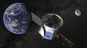 Жерден үш есе үлкен экзопланета табылды