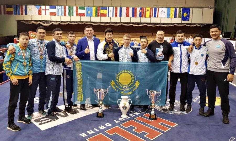 Қазақстандық 3 боксшы Венгриядағы турнирде топ жарды