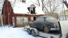 Қараусыз қалған фермадан Jaguar-дың ескі моделі табылды