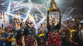 Қазақстандық киберспортшының командасы әлемдік турнирде топ жарды